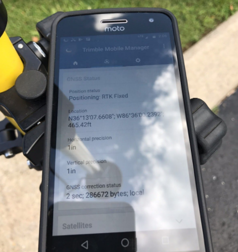 Trimble mobile manager software running on Motorola smartphone