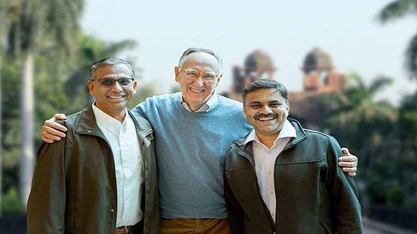 Esri President, Jack Dangermond, celebrates opening of new R&D Center in New Delhi, India (Photo: Business Wire)