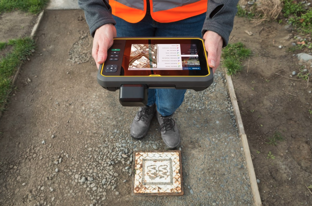 Trimble T7 Tablet Offers Rugged Flexibility and Mobility in the Field