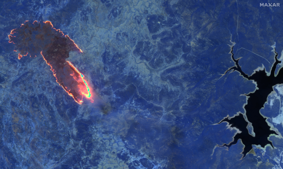 SWIR image of fires burning in forest near Lake Eucumbene, New South Wales
