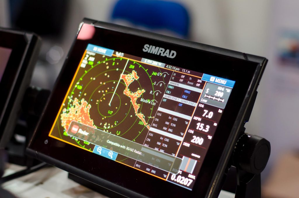 How modern fish finders incorporate GPS-driven mapping technology
