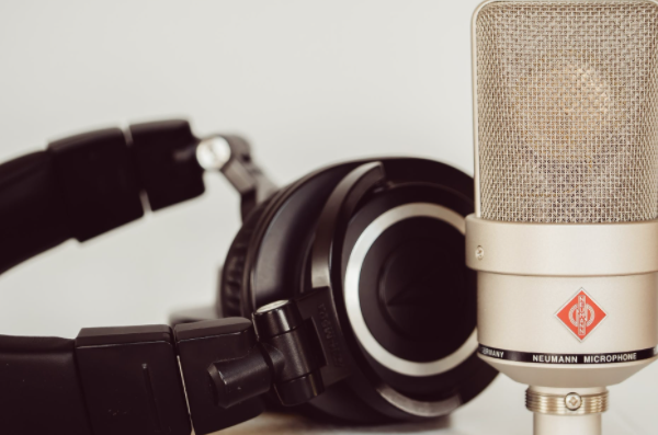 Picking the Best Microphone for Game Streaming
